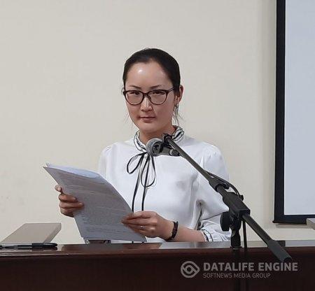Монгол Улсын Хөдөлмөрийн баатар, ардын багш, гавьяат хуульч, доктор, профессор Б.Чимидийн нэрэмжит шилдэг илтгэлийн уралдаанд Архангай аймаг дахь Захиргааны хэргийн анхан шатны шүүхийн шүүгчийн туслах Г.Цэрэндэжид амжилттай  оролцлоо